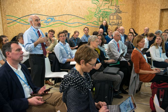 "Fragen des Plenums beim BMBF-Side Event ""Global Stocktake: Information from science"" auf dem deutschen Pavillon (COP 23, Bonn)"