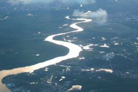 River in the tropical north of Brazil, aerial image