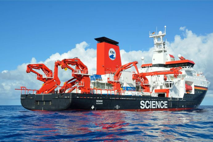 Research vessel SONNE