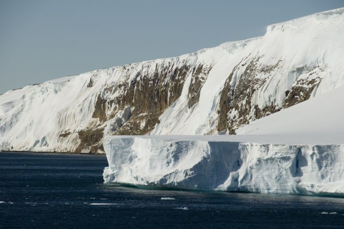 Part of the broken conection between Larsen-B-Iceshelf and the Antarctic peninsula. The picture was taken during the RV 'Polarstern'-expedition ANTXXIII/8 in the Weddell Sea 2006/07