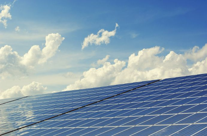 A photovoltaic system generates solar power